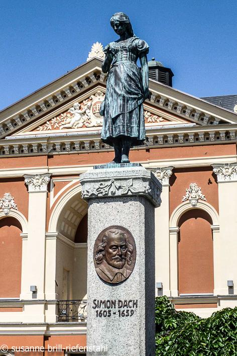 """Klaipeda (Memel), das Denkmal """"Ännchen von Tharau"""""""