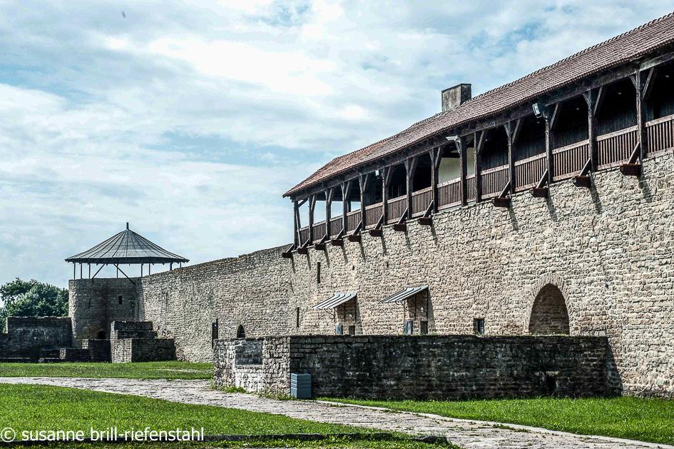 Narwa / Festungsmauer